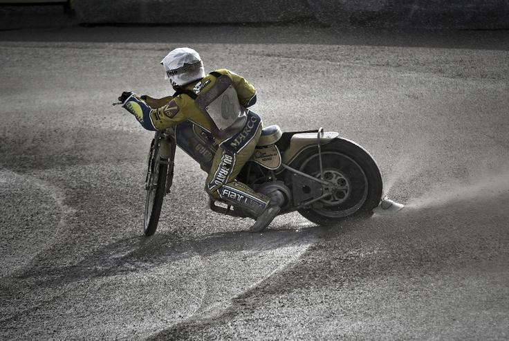 Speedway racing,