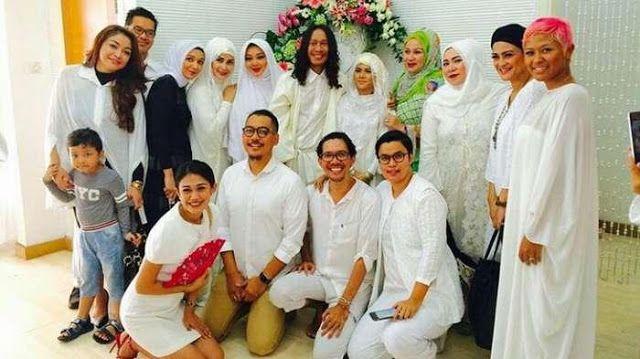Pernikahan Aming yang diunggah oleh Melly Goeslaw di Akun instagramnya   Majalah Berita, Jakarta ...