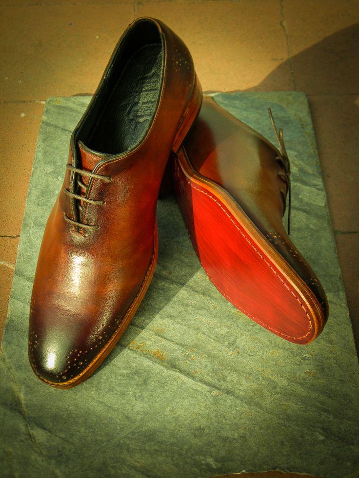 Wholecut a medida para el Sr. Alejandro Guiloff. #bespoke #shoes @padrenuestrocl