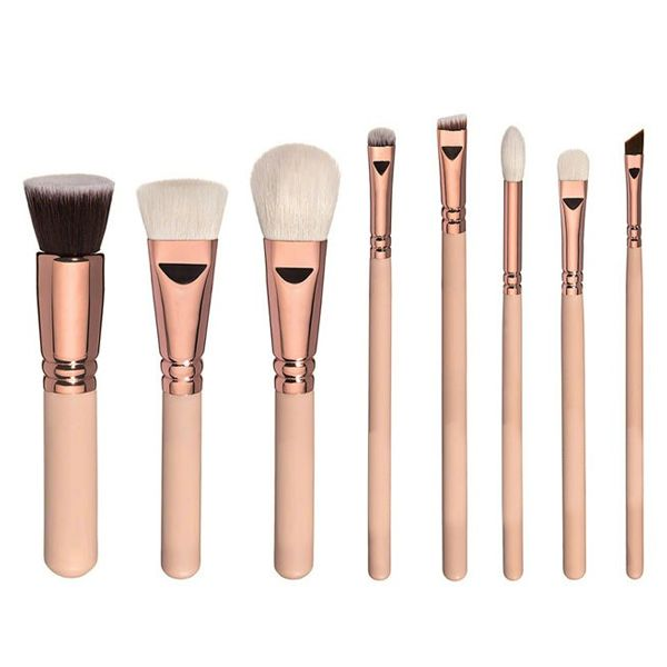 We all deserve to be treated like a princess and this Princess Brush Set is the perfect set to do just that! This set includes all the brushes needed to achieve any look and will make the makeup you apply look flawless. With this cute rose gold and nude set, you will always feel like a princess!