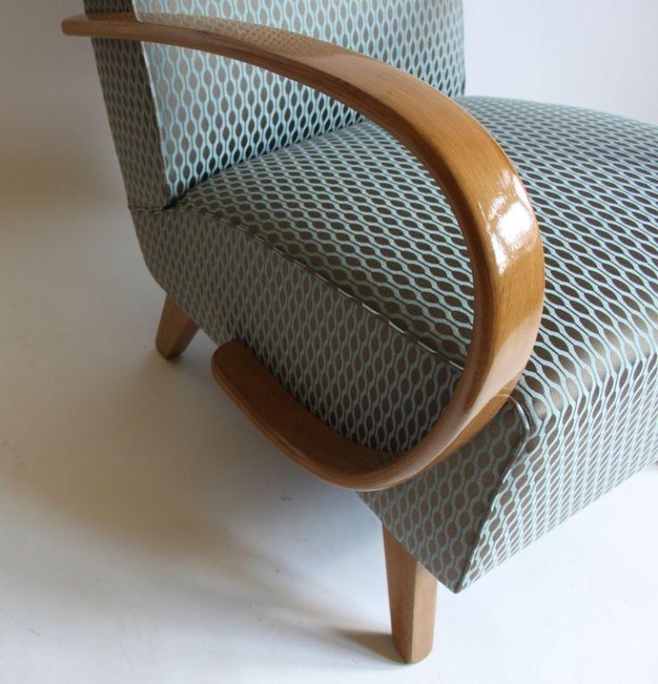halabala armchair detail