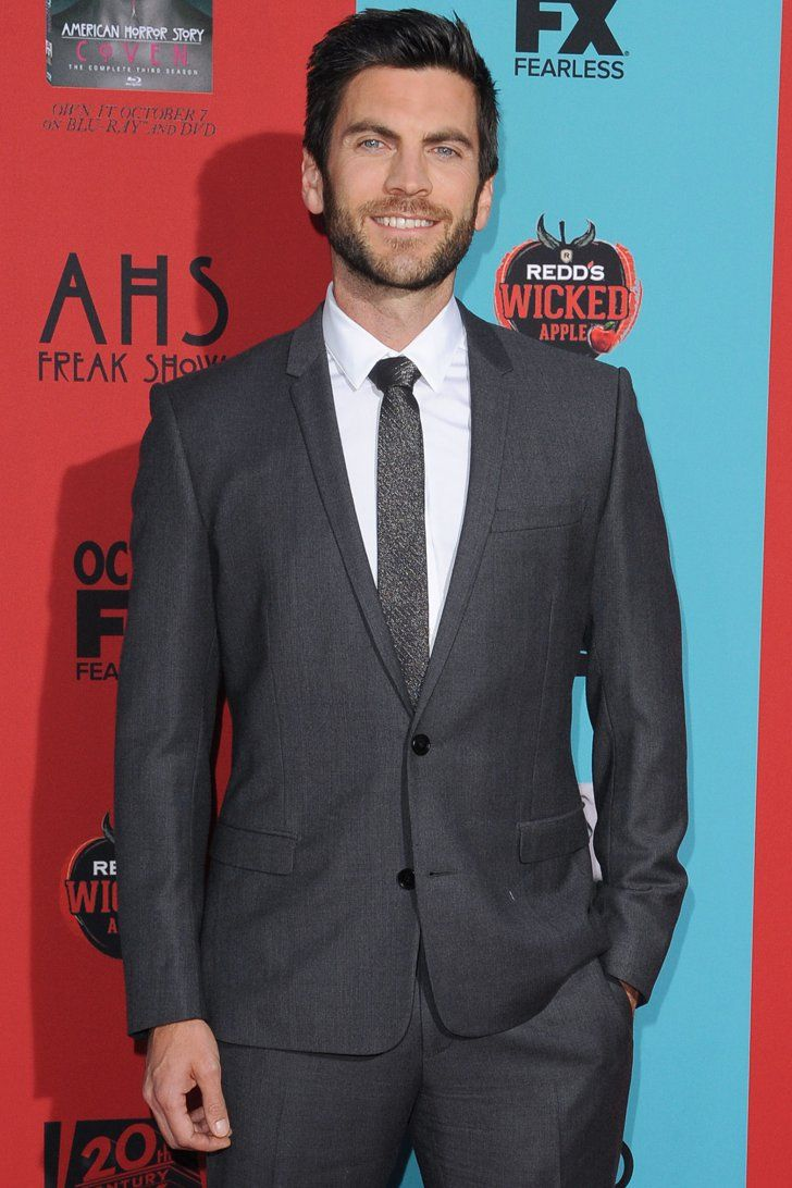 Pin for Later: Max Greenfield Joins the Cast of American Horror Story: Hotel Wes Bentley Murphy announced via Twitter that Wes Bentley (aka Freak Show's Edward Mordrake) will be a series regular.