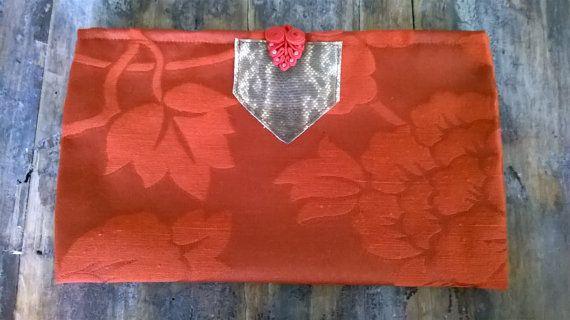 borsetta a manostile orientale con dettaglio in di Firenzedesign