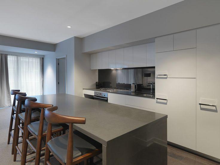 Kitchen, 3 Bedroom Grand | Wyndham Hotel Melbourne