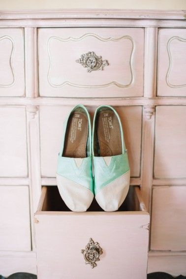 Give back in style on your wedding day with your very own DIY TOMS Classics.