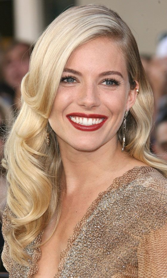 Sienna Miller: How old Hollywood glamour is done.