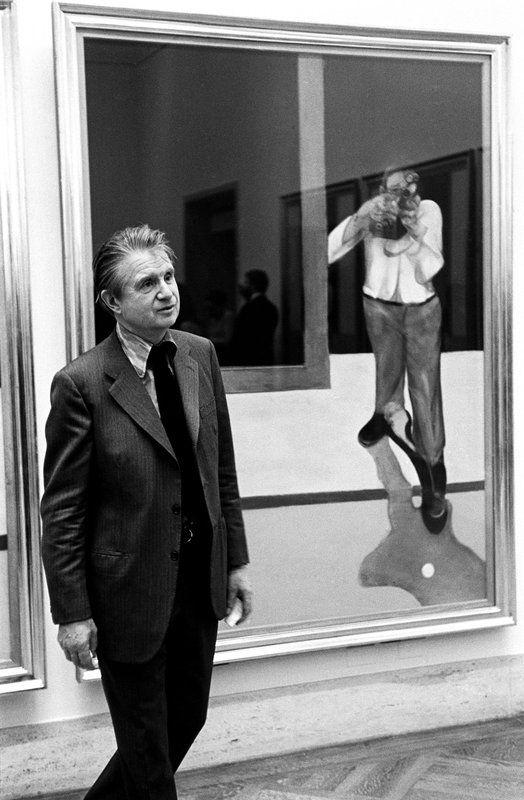Francis Bacon,  at the Met museum, 1975 - Steve Schapiro