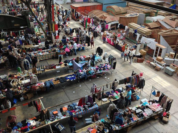 monthly flea market  dates: http://www.ijhallen.nl/