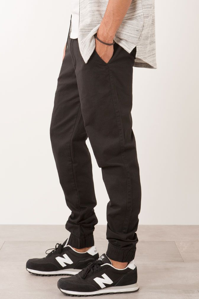 The Twenty Chino Joggers Black