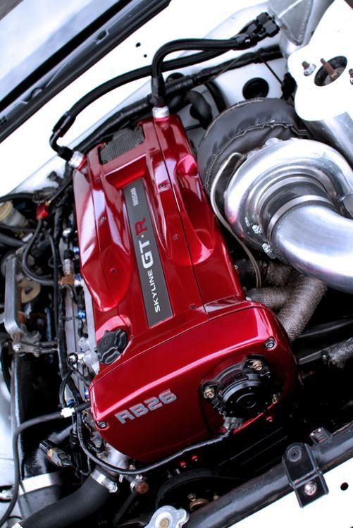 Двигатель RB26DETT 2.6. В основном устанавливался на Ниссан #Скайлайн ГТР. 1989-2002 #red
