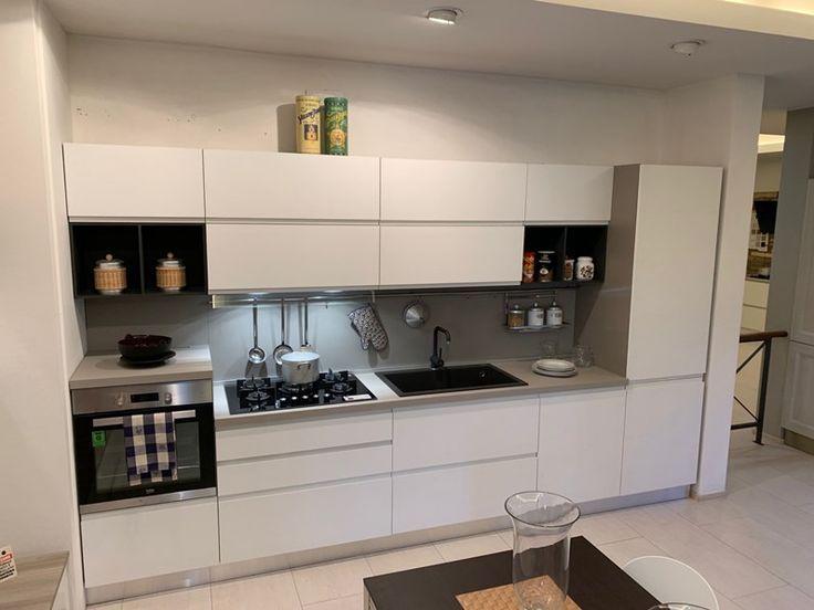 Arredamento Casa Moderna Bianca.Cucina Moderna Bianca Mobilturi Cucine Lineare Luna In Offerta