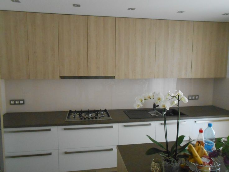 Sklenená zástena do kuchyne, Glass splashback