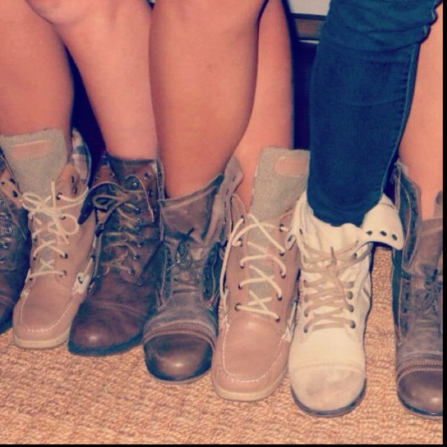 : Boots Boots, Best Friends, Clothing, Shoes Fashion, Lace Up Boots, Shoesshoesmor Shoes, Shoessss 3, Cream, Combat Boots