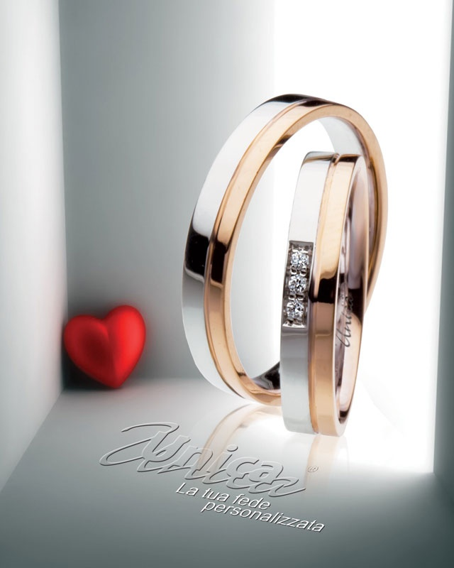 Unica la fede nuziale che ti interpreta... unine parallela e rispettosa di due vite per sempre insieme con le proprie differenze ... oro Rosè e oro Bianco con il Tuo numero di diamanti...