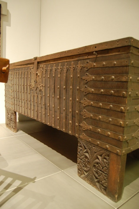 25 Best Ideas About Medieval Furniture On Pinterest