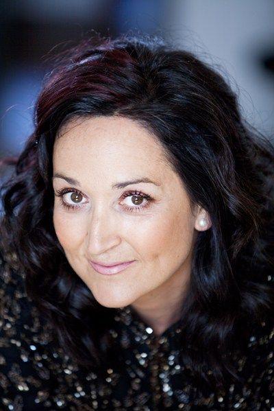 Katarina  Karnéus- ( 1965- ) ist eine schwedische Mezzosopran.