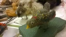 Lovely little Starling made by Anna at a recent needlefelting workshop.  Gorgeous markings