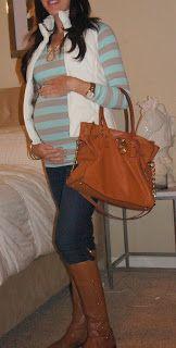 fall maternity fashion  savvychicmommy maternity style