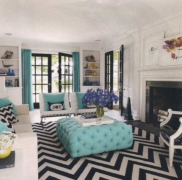 one of the inspirations behind my living room- i have almost an identical rug and turquoise accents...only i painted the walls grey