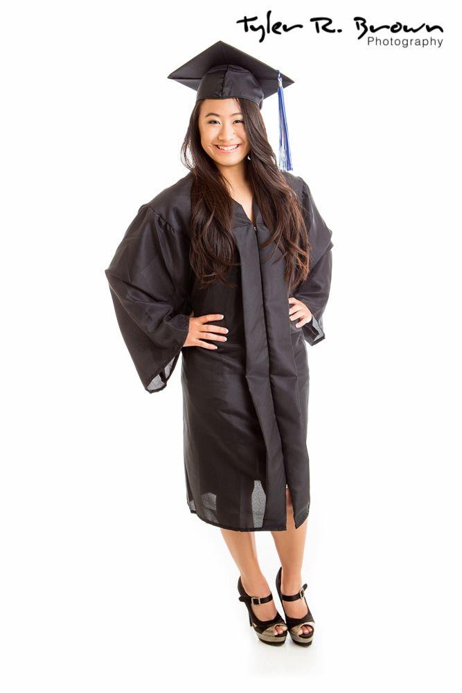 The 8 best cap gown images on Pinterest   Senior pictures, Senior ...
