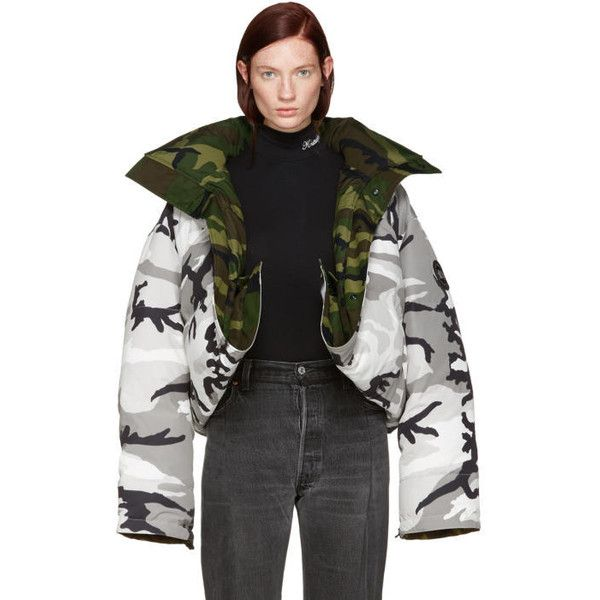 Vetements Reversible Grey Camouflage Canada Goose Edition Parka ($3,640) ❤ liked on Polyvore featuring outerwear, jackets, reversible, oversized parka, camo parka, hooded parka, camouflage parka and grey parka