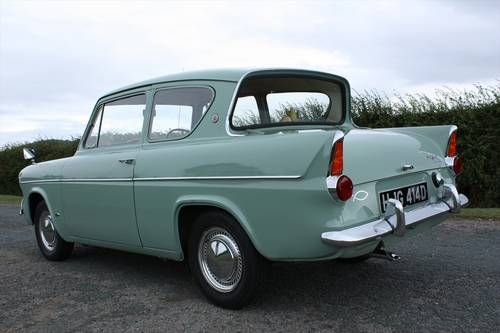 Ford ANGLIA 105E (1966) (picture 6 of 6)