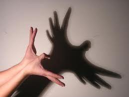 Canciones con las  manos y los dedos    Los deditos    Los deditos de las manos…