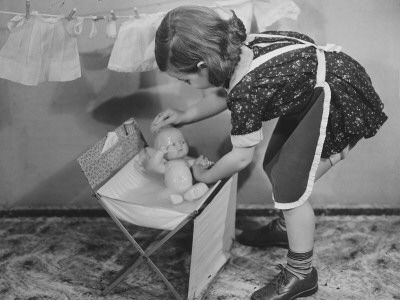 washing baby and hanging doll clothes on my own little clothesline!!!!  Oh, such happy little memories!!!!