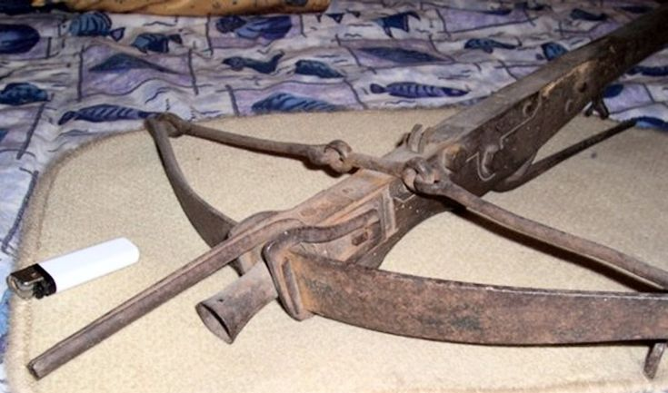 Ethnographic Arms & Armour - Unusual Small Crossbow
