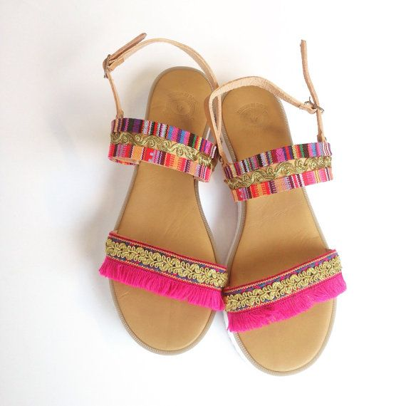 White sole ethnic sandals by Ilgattohandmade on Etsy