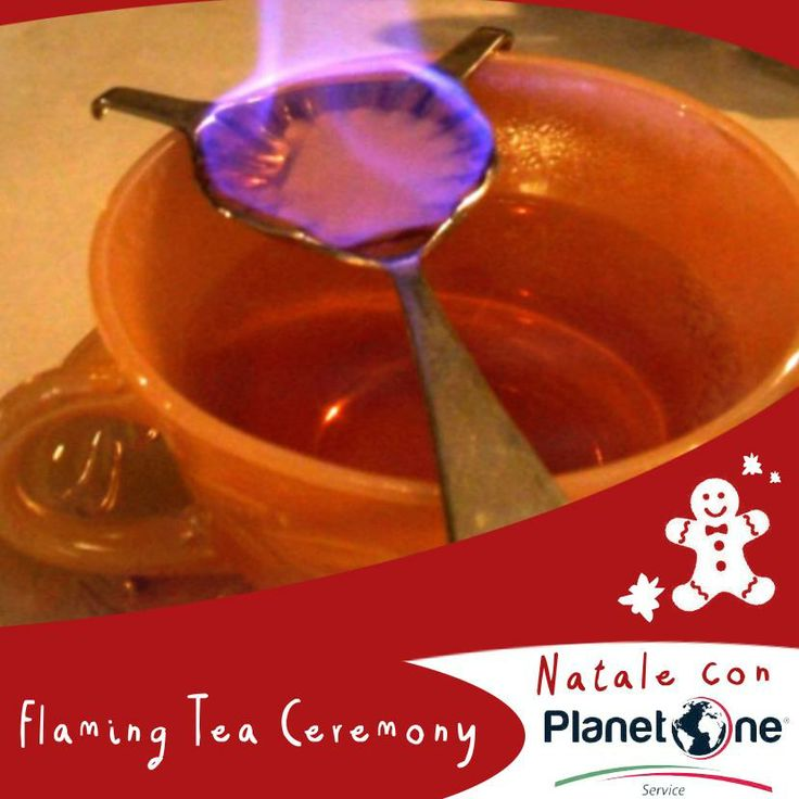 La Flaming Tea Ceremony è una delle tradizioni di Hanukkah, la Festa delle Luci o più popolarmente Natale ebraico, che consiste nell'inzuppare nel brandy delle zollette di zucchero da accendere su un cucchiaino in bilico sopra una tazzina di tè intonando canti celebrativi fino a che le fiamme non si spengono.
