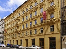 City Break Praga - Hotel Manes 4*
