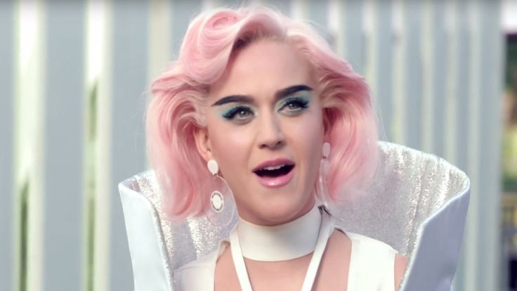 """5 OMG Moments from Katy Perry's """"Chained to the Rhythm"""" Music Video"""