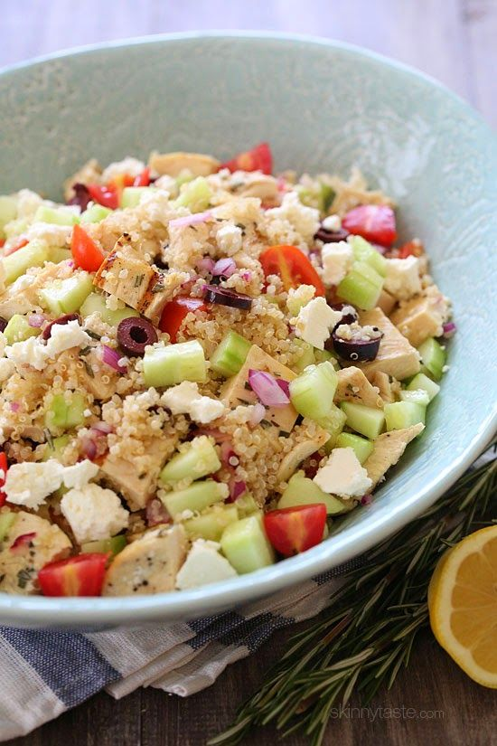 The perfect summer salad! Juicy grilled chicken, cucumber, tomatoes, olives and Feta tossed with quinoa and lemon juice –protein packed and delicious!