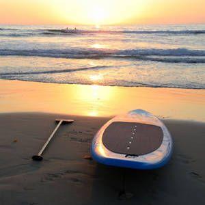 Il Padding è il nuovo sport acquatico sbarcato in riviera adriatica ed ha subito avuto tanti fan. Anche a Riccione è possibile praticarlo e trovare centri dove noleggiare l'attrezzatura.