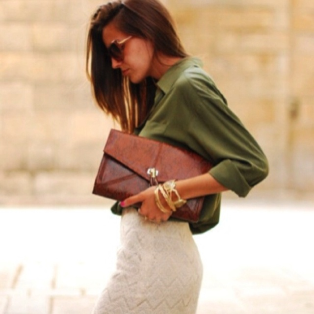 Lace!: Green Blouses, Army Green, Lace Pencil Skirts, Leather Clutches, Oversized Clutches, White Lace, Olives Green, Lace Skirts, Envelopes Clutches