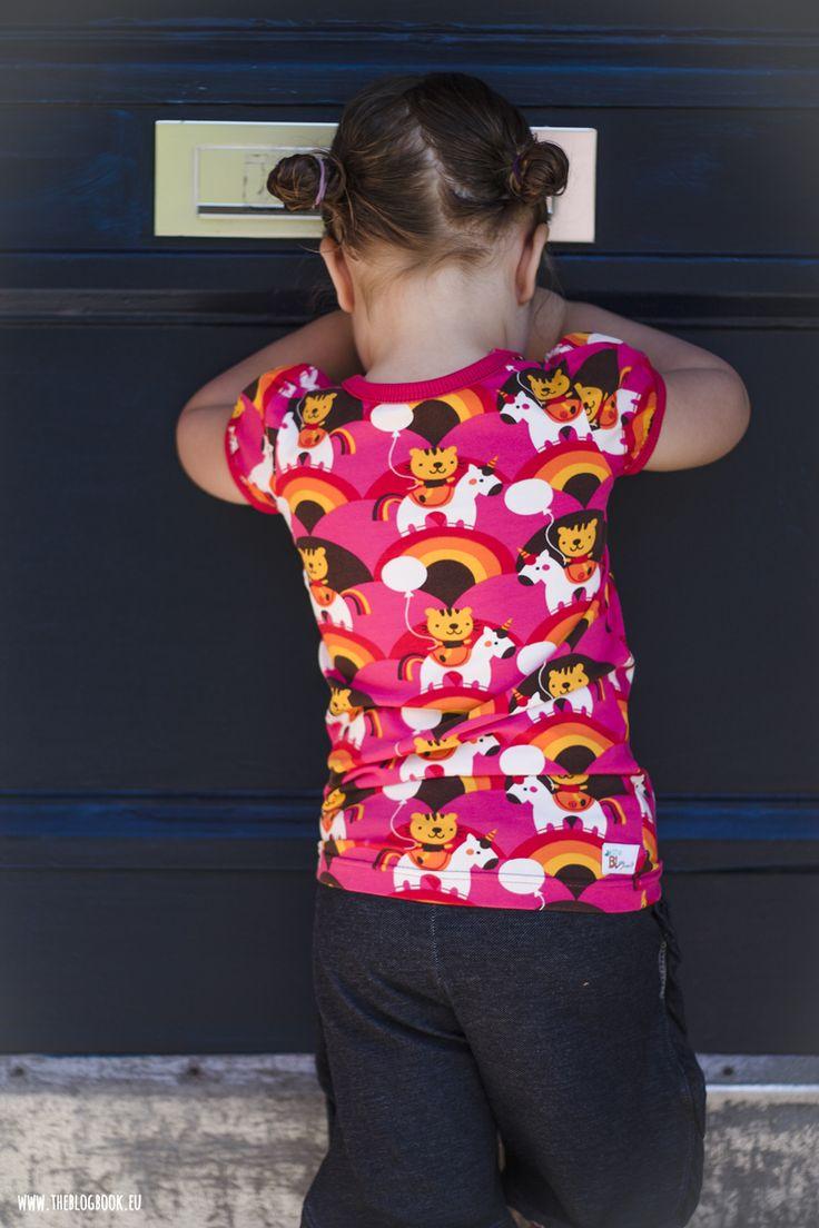 theblogbook | sewing | Shirt with rainbow unicorns and denim pants, lillestoff, bora