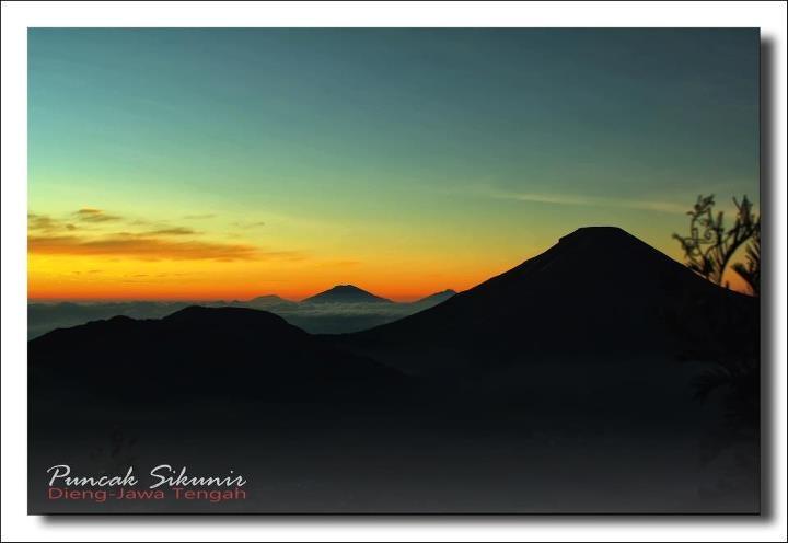 Sunrise Puncak Sikunir - Dieng -