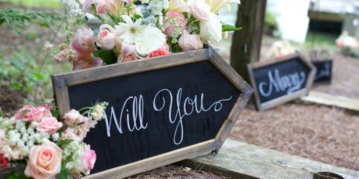 Hundreds of the BEST MARRIAGE PROPOSALS and ENGAGEMENT IDEAS