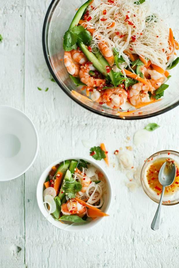 vietnamese prawn with carrot + cucumber