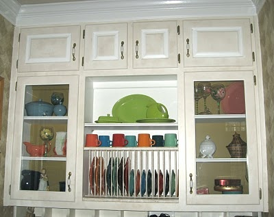 I need open cabinets to put all of my fiestaware in & 64 best Fiestaware display ideas... images on Pinterest | Fiesta ...