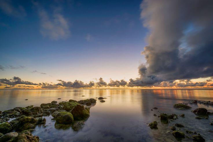 Beach Sunset - Sunset on Rarotonga, Cook Island.
