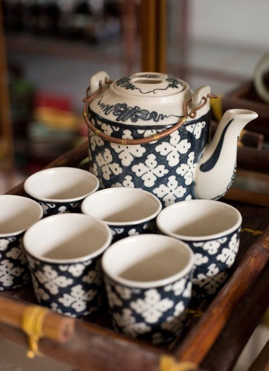 Make your way to Bat Trang Ceramic Village in the outskirt of Hanoi. Buy yourself or your mother a pretty Bat Trang homewares #whattobuy#Vietnam#Hanoi