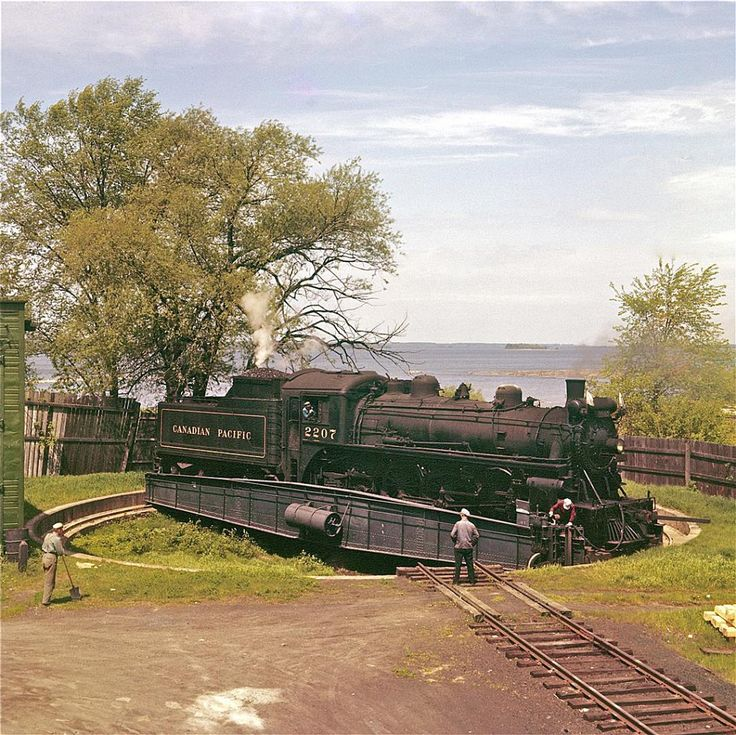 The turntable beside the three-stall engine house looks barely large enough to cater Pacific type #2207.