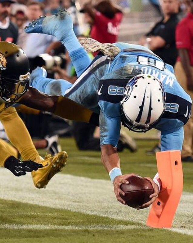 Marcus Mariota's first NFL rushing TD.
