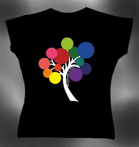 handpainted woman's tshirt by PAINTINGMYNAME on Etsy, €26.00