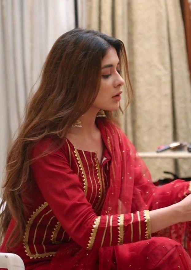 Pin By Ekaa Fashion On Pak Celebs Designer Party Wear Dresses Pakistani Fashion Casual Pakistani Dresses Casual