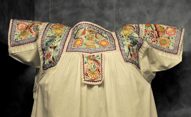 Nahua Blouse Mexico Puebla Tlaxcala (Teyacapan) Tags: mexico clothing embroidery mexican museo textiles ropa blouses vestimenta nahua