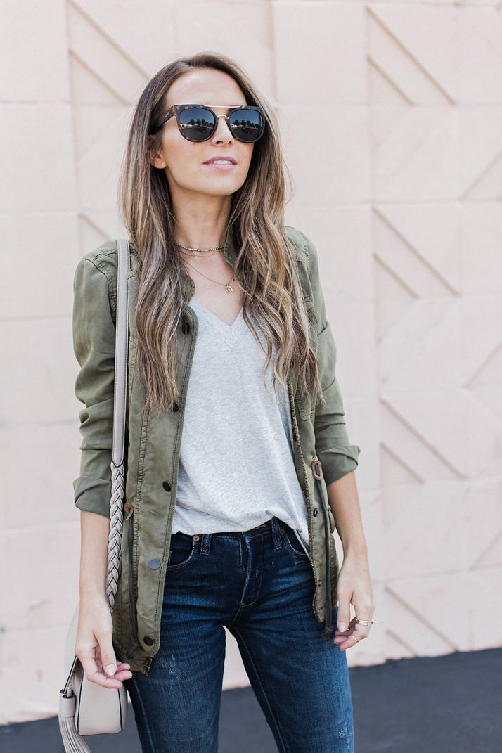 2dd84c75324 tons of ways to wear my favorite style of jacket for fall | merricksart.com