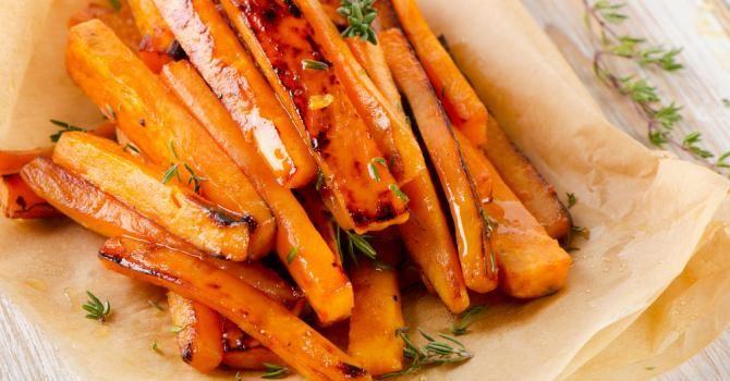 Recette de Patate douce et carotte rôties aux épices (I.G. bas). Facile et rapide à réaliser, goûteuse et diététique.